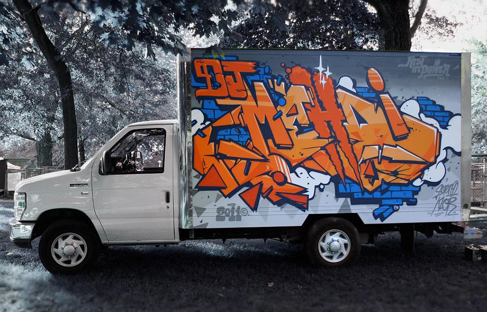 123klan-scien-Klor-Dj-Mehdi-street-art-truck-graffiti-wall-camion-painting-art-urbain-web