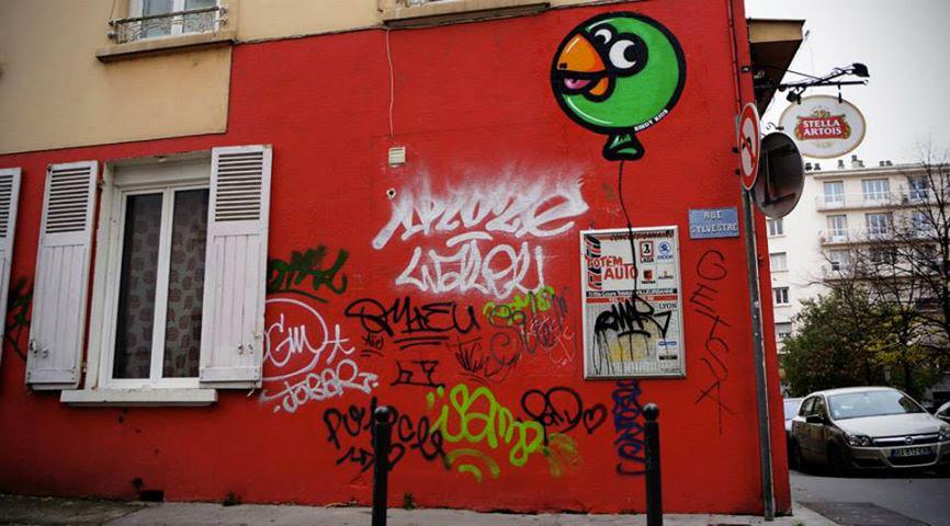 Birdy-Kids-Lyon-graffiti-rue-ballon-wall-painting-print-street-art-urbain-2013-web