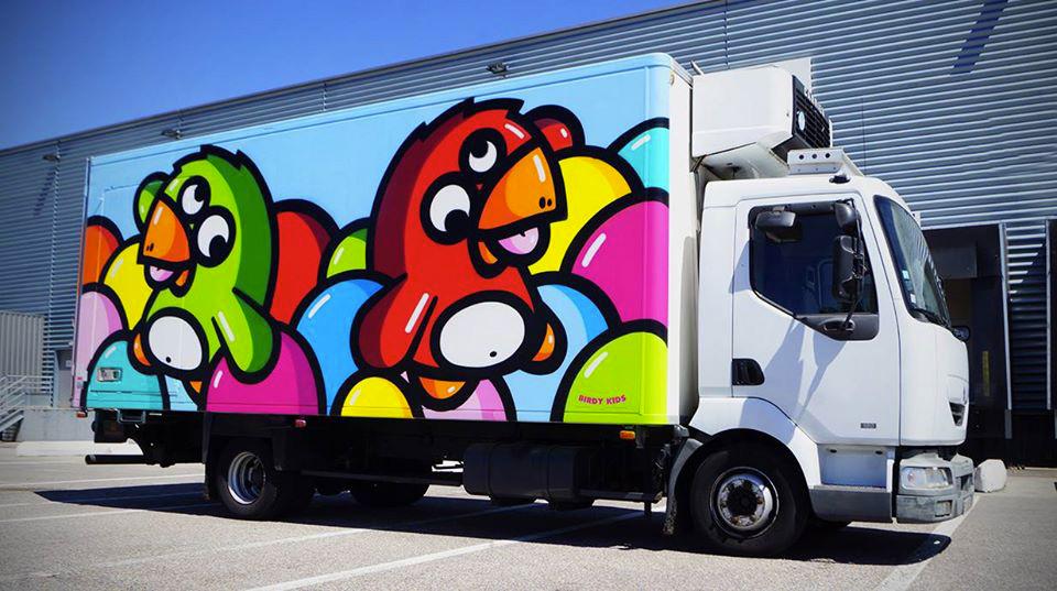 Birdy-Kids-lyon-graffiti-camion-wall-truck-painting-print-street-art-urbain-2014-web