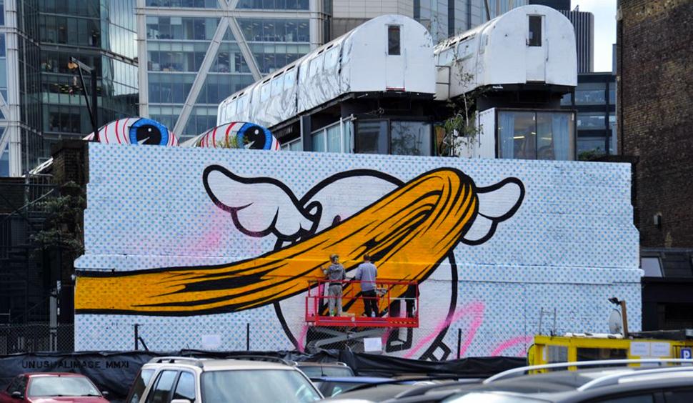 Dface-d-face-Moniker-Art-Fair-graffiti-wall-painting-street-art-urbain-2011-web