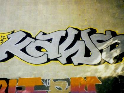 Kaws – Vieux graffiti
