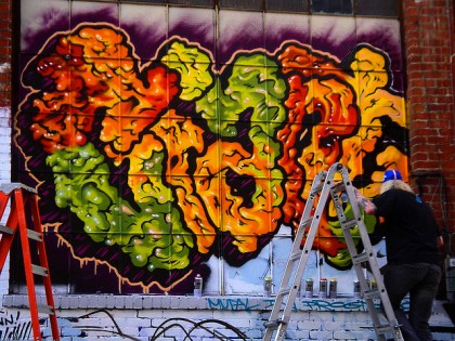 Mike Giant – Graffiti 2009