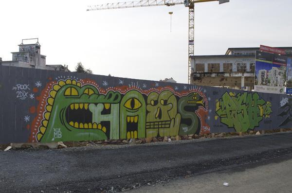 Patrice-Poch-et-Chaos-Rennes-collage-graffiti-street-art-urbain-2012-web