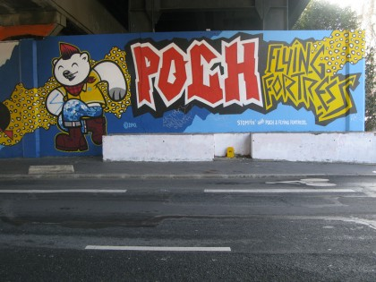 Patrice Poch et Flying Fortress – Graffiti Nantes 2010