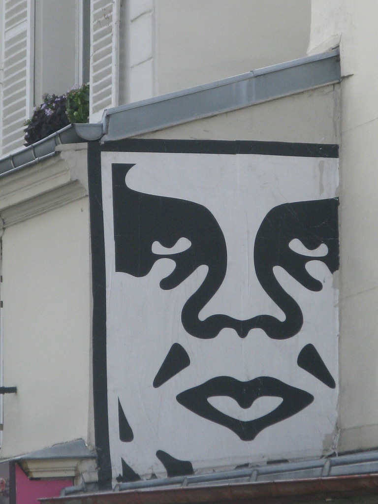 Shepard-Fairey-Obey-giant-wall-graffiti-street-art-urbain-mural-Paris-2010---web