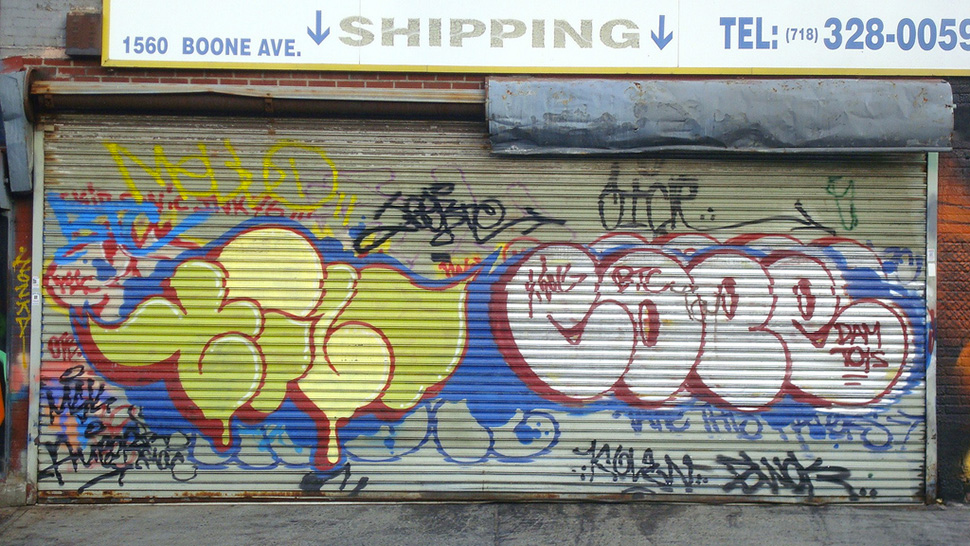 Tilt-cope2-bronx-2010-graffiti-street-art-urbain-flop-throw-up-web