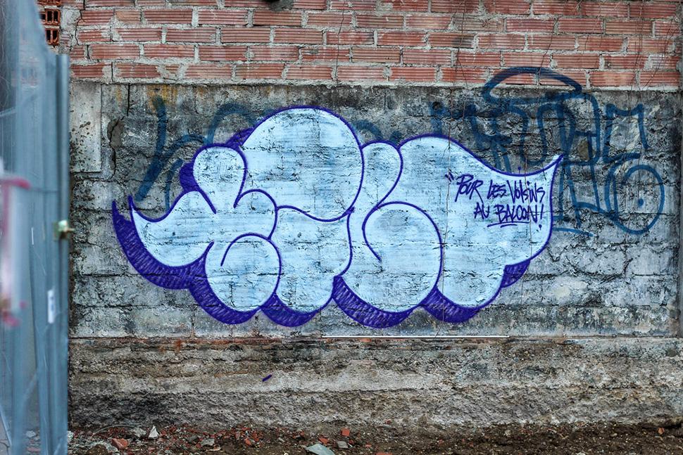 Tilt-graffiti-street-art-urbain-flop-throw-up-web