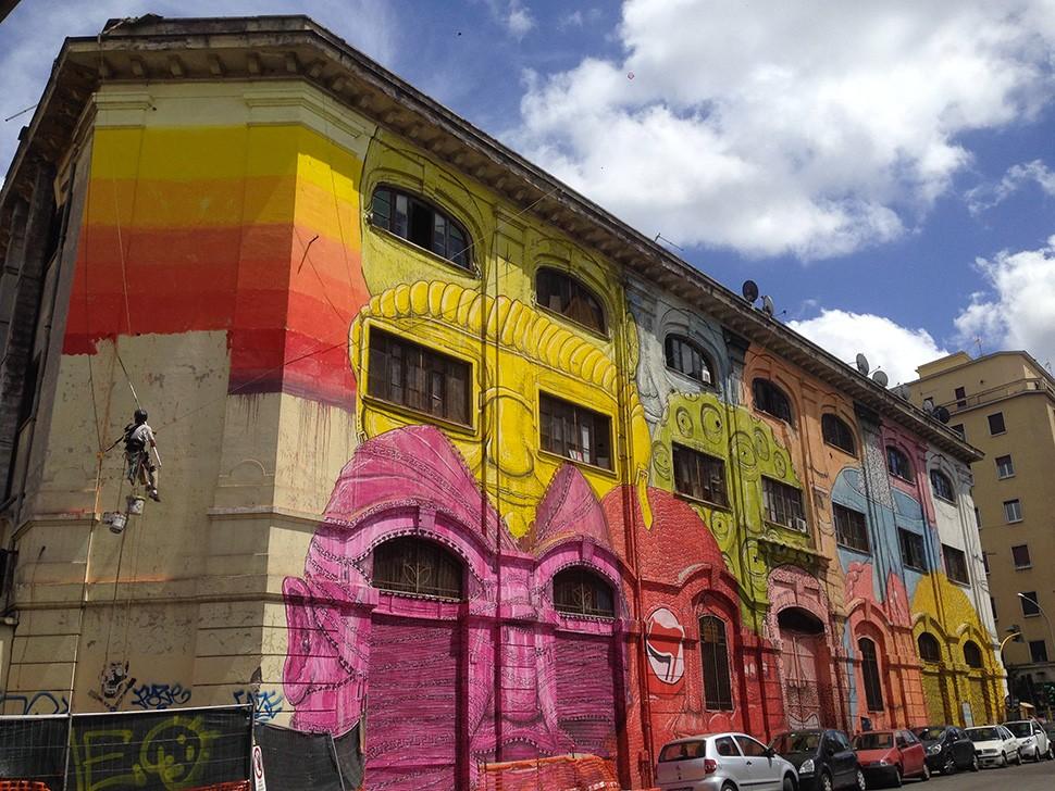 Blu-mural-street-art-Via-Del-Porto-Fluviale-Rome-italie-graffiti-2