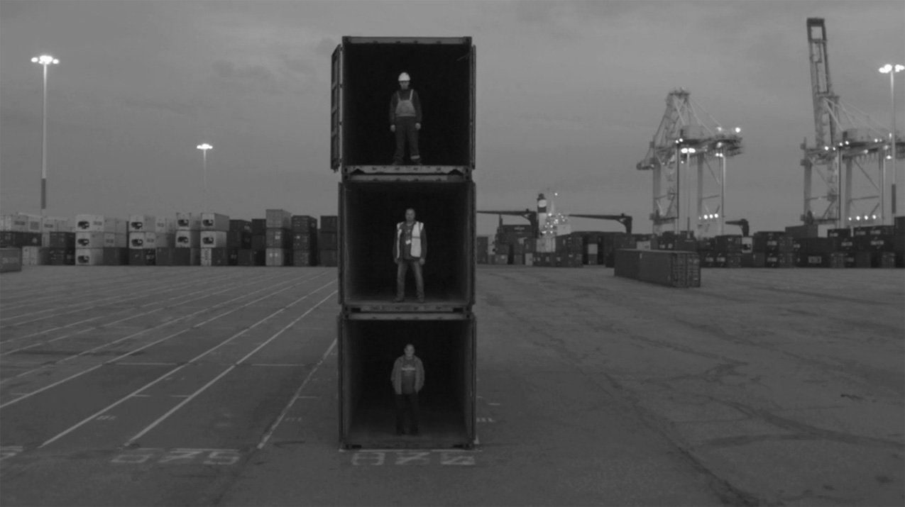 jr_havre_conteneur_video_dockers_pasting_bateau_3