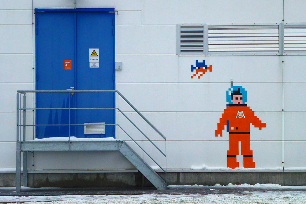 invader_redu_cologne_espace_space_two_Art4space_Agence_Spatiale_Europeenne_Station_spatiale_internationale_mosaique_street_art_14