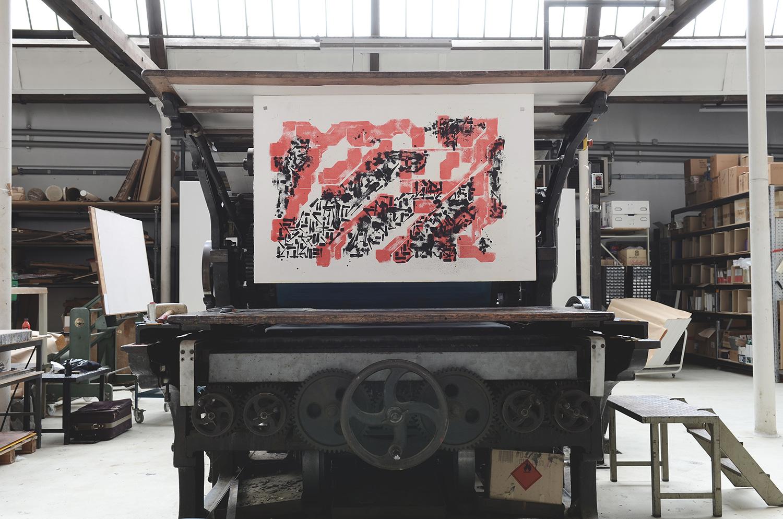 lek_sowat_paper_trail_lithographie_DMV_da_mental_vaporz_stone_film_urdla_graffiti_print_fine_art_paris_soldart_traditional_culture_calame_calligraphy_edition_royx_nicolas_royol_MOQ