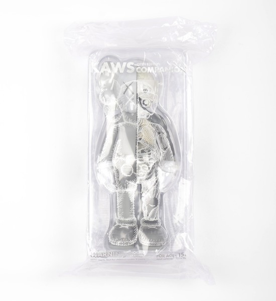 "Entitled ""Companion (Flayed Grey)"", this art toys by Kaws is an open edition. Made in 2016, format is 10,6 x 4,3 inches (27 x 11 cm). The work is sold in its original box."