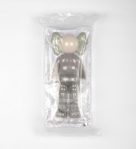 Kaws-Brian-Donnelly-Companion-Brown-open-edition-art-toys-Medicom-toys-plus-back