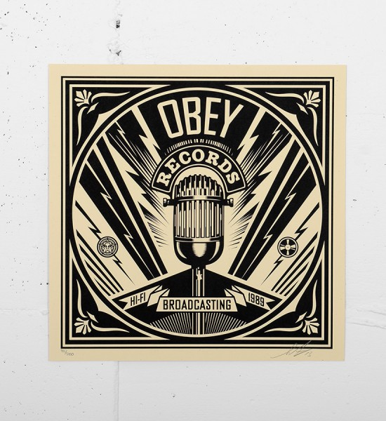 Obey_shepard_fairey_50 Shades of Black Box Set obey giant serigraphie screen print soldart.com sold art galerie art en ligne online street art gallery-broadcasting-records-cover