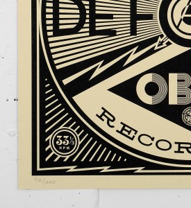 Obey_shepard_fairey_50 Shades of Black Box Set obey giant serigraphie screen print soldart.com sold art galerie art en ligne online street buy art sell gallery-recording-records-cover-1
