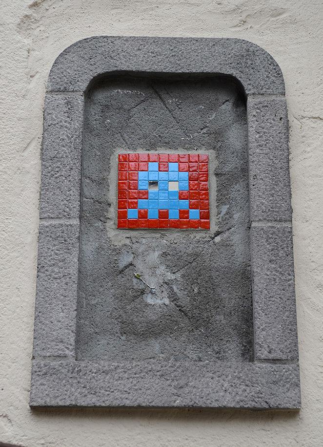 Space-Invader-Clermont-Ferrand-invasion-Festival-Court-Metrage-CLR_08-street-art-reactivation-team