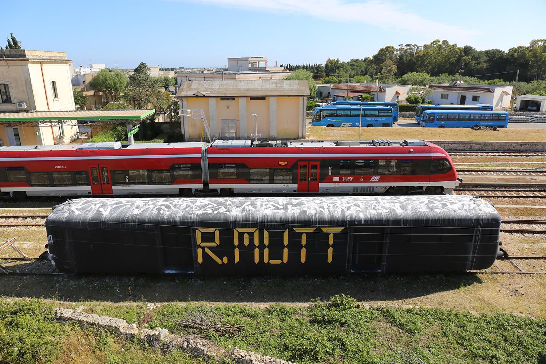 Lek-&-Sowat--Villa-Medici-Capo-d'Arte-Train-graffiti-Italia-Gagliano-del-Capo-11
