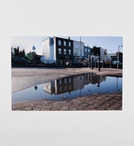 Slinkachu-Displeasure-Beach-Woolwich-London-2011-print-Andipa-Gallery-6