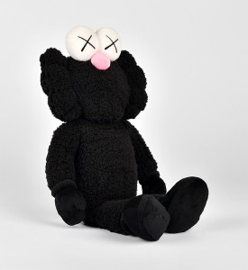 kaws-brian-donnelly-bff-plush-black-toys-doll-limited-edition-3000-detail-2
