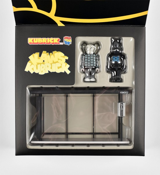 kaws-brian-donnelly-medicom-toy-kubrick-bus-stop-series-volume-2