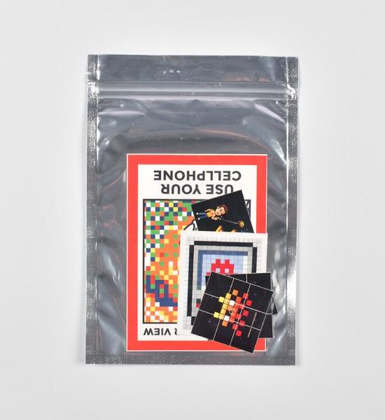 invader-franck-slama-stickers-pack-musee-en-herbe-hoca-pack-1