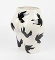 Parra-vaso-di-culo-birds-CASE-STUDYO-porcelain-vase-Belgium-sculpture-2013-5