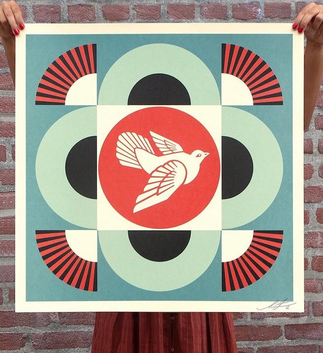 Geometric dove (blue version)