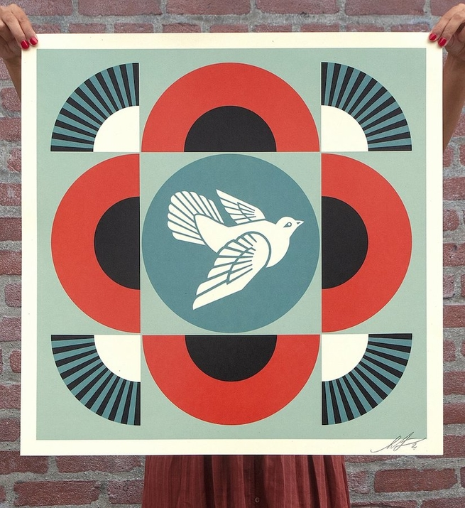 Geometric dove (version rouge)